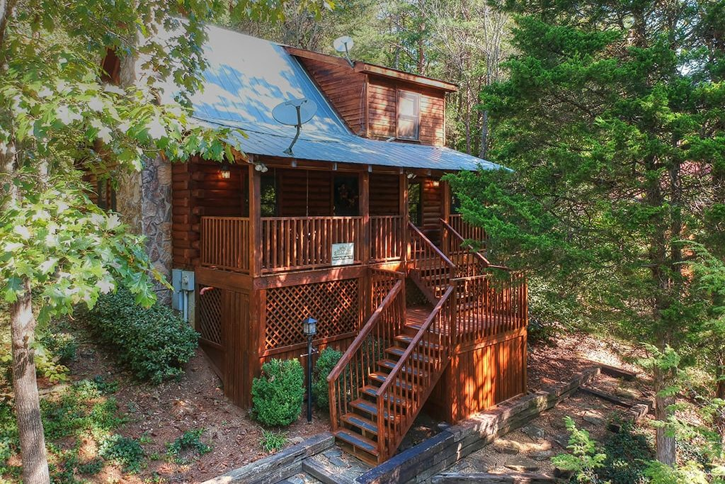 Old Mill Lodging - Pigeon Forge Cabins, Cottages and